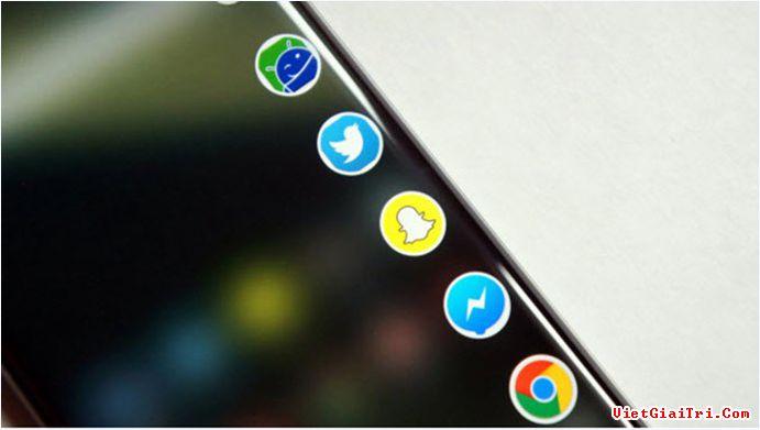Màn hình Edge cho phép bạn bổ sung thêm các shortcut ứng dụng phổ biến để truy cập nhanh