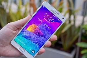 Màn hình trên Samsung Galaxy Note 4 thật sắc nét và màu sắc sống động (Ảnh: pcadvisor).
