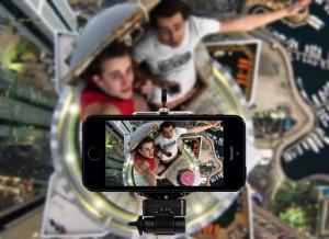 Để có bức ảnh selfie độc đáo, nhiều người đã phải đổi mạng sống của mình - Ảnh minh hoạ