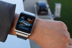bmw-smartwatch-mileage-02-1418831735606