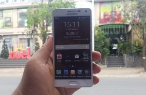 Thiết kế kiểu dáng bên ngoài và giao diện bên trong Galaxy A5.