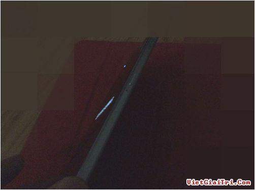 S6 Mini có vỏ khung kim loại tương tự model cỡ lớn.