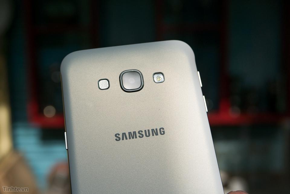 3100227_Tinhte.vn_Tren_tay_Samsung_Galaxy_A8-4