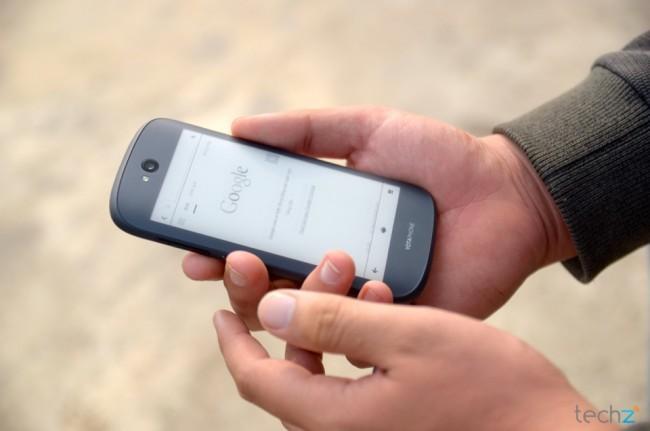 Thế hệ thứ ba của smartphone 2 màn hình YotaPhone sẽ được bán ra vào Quý 1 năm sau