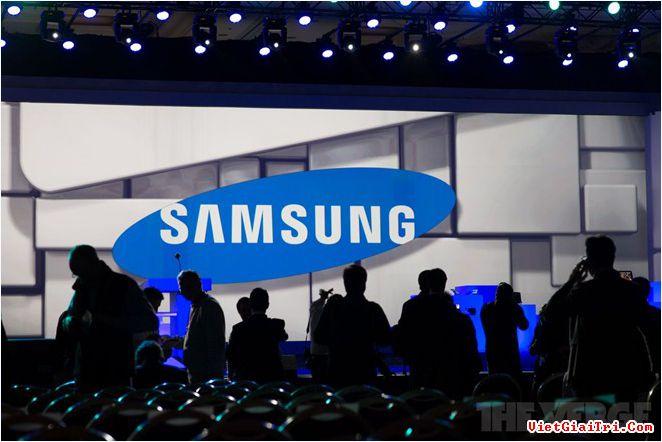 Doanh thu và lợi nhuận năm 2015 của Samsung khả quan hơn so với 2014.