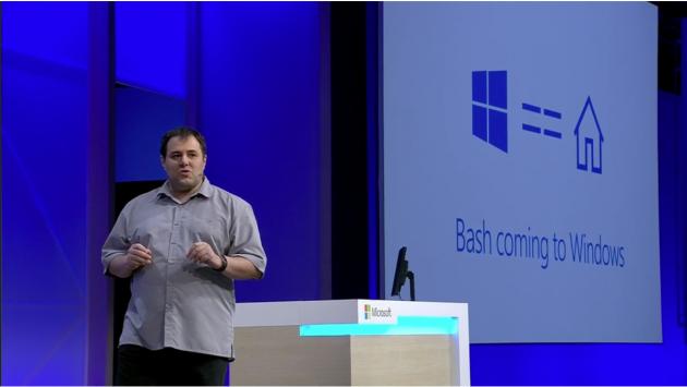 Theo báo cáo gần đây, Windows Phone của Microsoft đang có dấu hiệu mất dần thị phần ít ỏi của mình trên thị trường di dộng. Hệ điều hành Widows 10 Mobile không đạt được thành công như hãng mong đợi và bộ đôi Lumia 950 và 950 XL cũng sớm lụi tàn do kho ứng dụng nghèo nàn và nhiều hạn chế khác về mặt tính năng. Đứng trước những khó khăn này, Microsoft đã phải cắt giảm một số lượng lớn nhân sự mảng di động trong vài năm qua, và gần đây nhất thì hãng đã bán lại thương hiệu Nokia cho một công ty tại Phần Lan mới được thành lập.