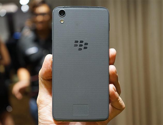 Trên tay BlackBerry DTEK50 trong sự kiện giới thiệu sản phẩm tại Việt Nam.