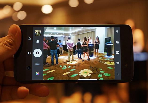Hình ảnh chụp từ camera sau của BlackBerry DTEK50.