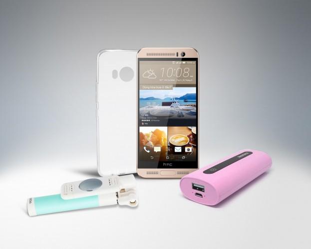 HTC One ME cùng phần quà được tặng kèm trong giai đoạn đầu