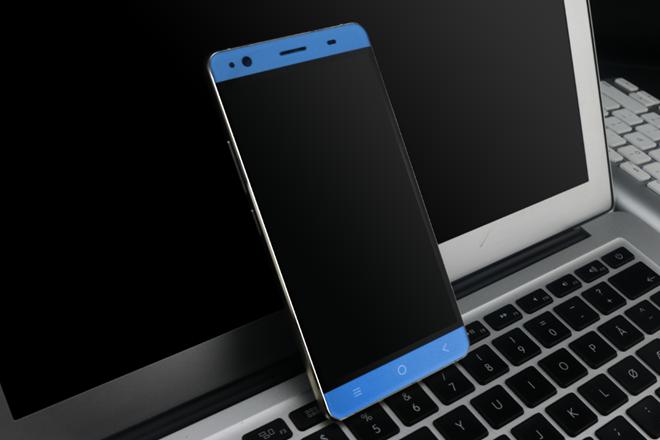 Bavapen B525 có thiết kế tinh tế, sang trọng, mạnh mẽ nhưng vẫn không kém phần thanh lịch. Máy được thiết kế nguyên khối với bộ khung kim loại kết hợp 2 mặt kính trước và sau. Smartphone này được phủ thêm từng lớp màu tương phản, cho người dùng đa dạng lựa chọn: đen, vàng gold và light blue.