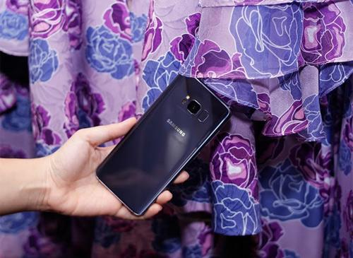 Galaxy S8 màu Tím khói bị lộ diện