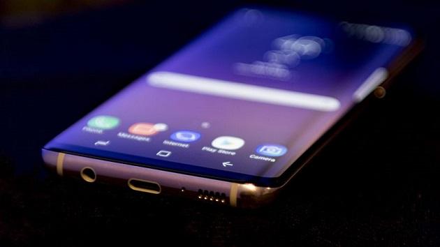 Samsung đã bán được 1,3 triệu chiếc Galaxy S8 và Galaxy S8 Plus.