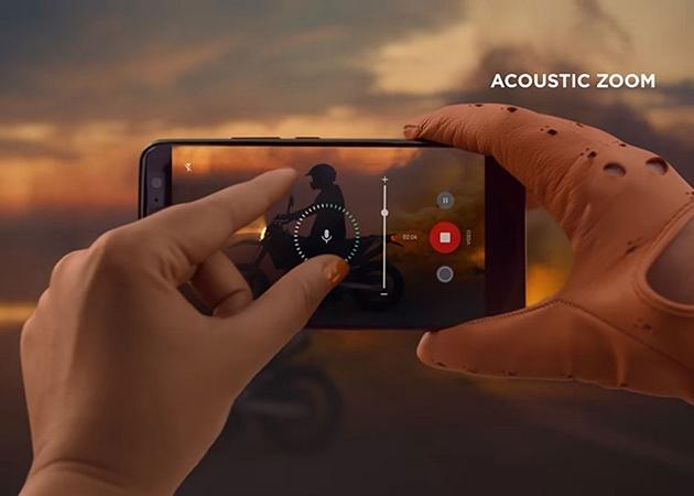 Hệ thống micro cũng là điểm nhấn để HTC U11 mang lại trải nghiệm âm thanh cao cấp nhất.