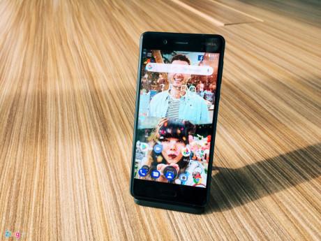 Sau nhiều tin đồn về sự xuất hiện của mình, Nokia 8 đã chính thức được HMD Global công bố vào rạng sáng ngày 17/8 tại London.
